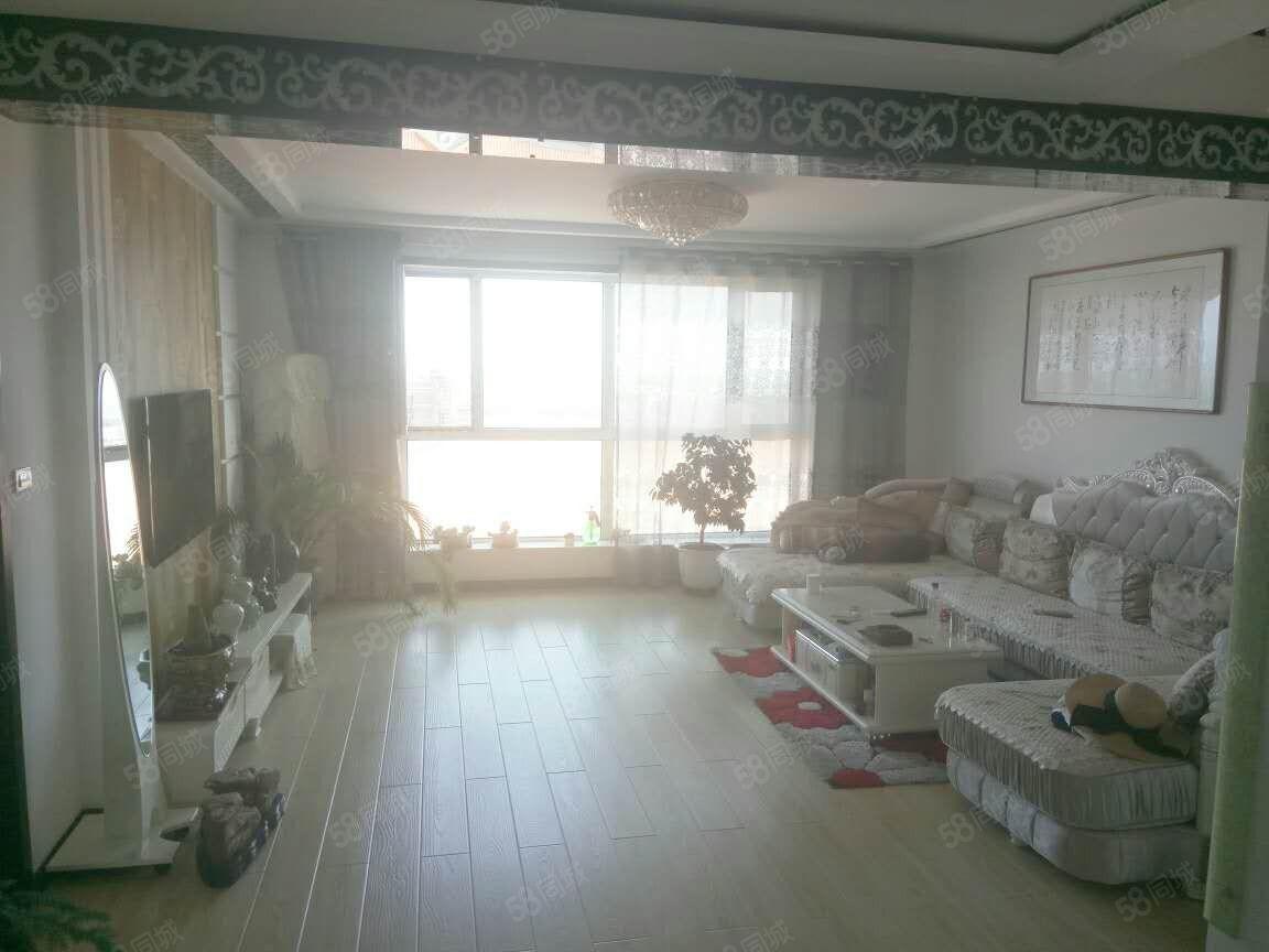 城上城电梯11楼带阁楼豪华装修210平售价78万南北通透