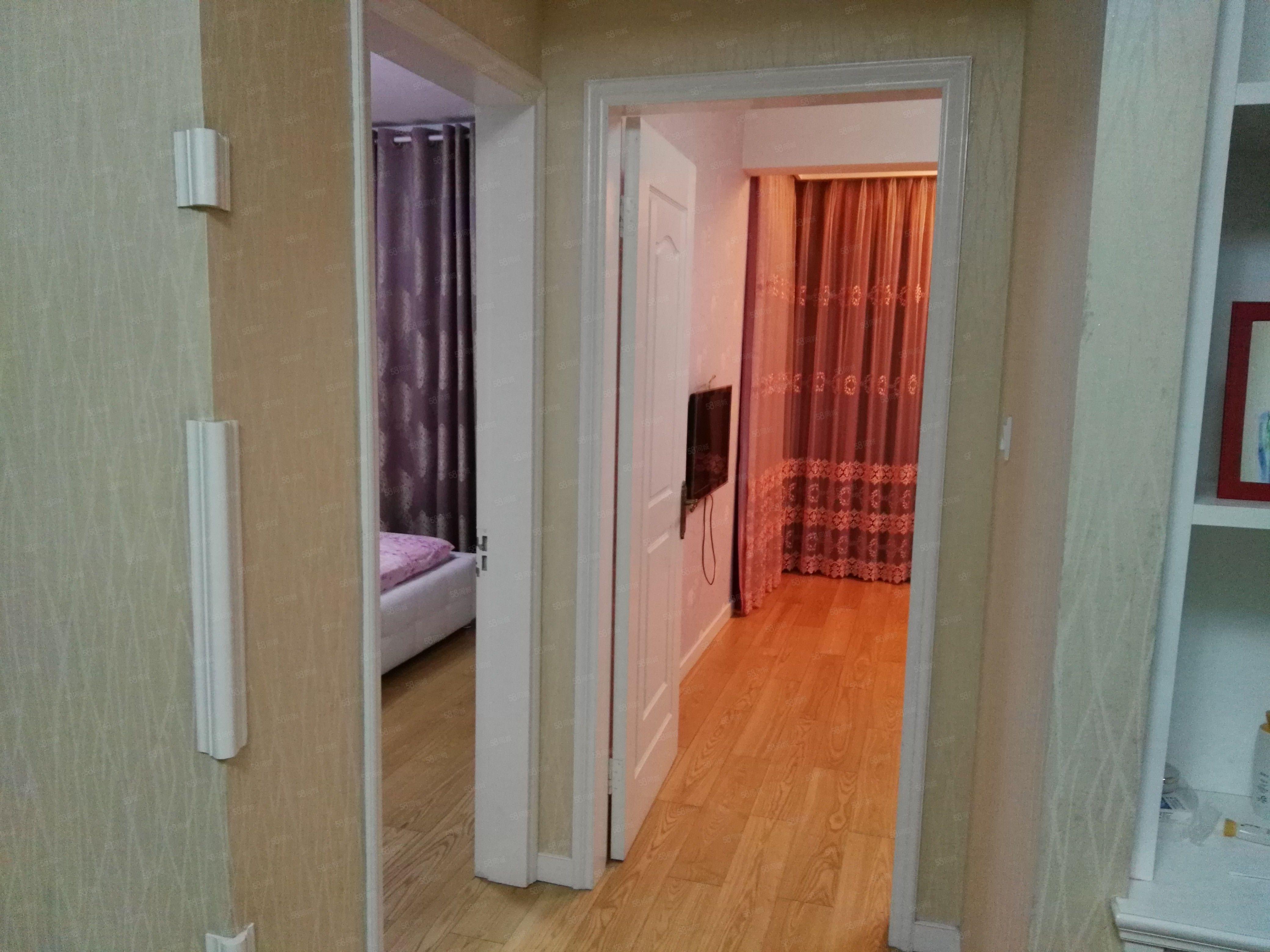 白泉中心地段人民路3楼2室2厅1卫76+棚精装样样有
