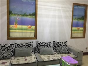 毓龙路学校对面幸福花苑112平米三室二厅仅售80万