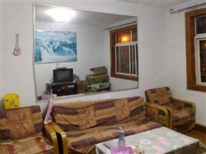 经典套一厅双南中装家具齐全热水器冰箱可拎包入住有钥匙看房方便
