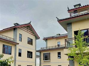 旅游学院旁,44平精装修带8平小阳台,送家电,证全,收益28