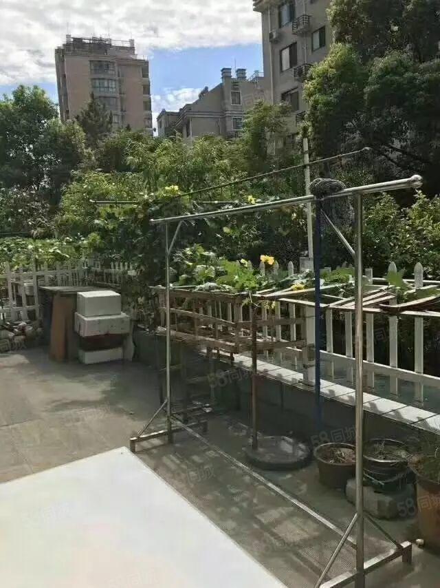 天香華庭芙蓉居出售225+雙車位+草坪