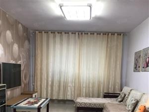 青旗山花园精装修两室两厅一卫,采光好,半山洋房。
