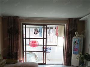 金庄小区3楼120平方三室两厅家具齐全1000元