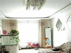 急售樱花园精装低楼层大三室