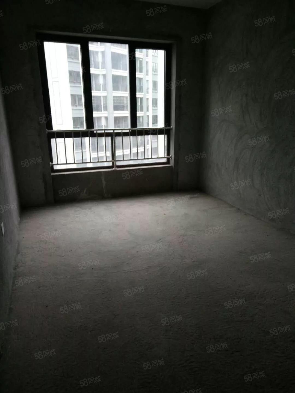 金色年华单身公寓毛坯房