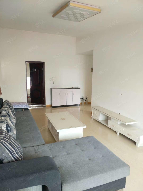 棚户区恒安新区w区h户型,精装修带家具家电,带9平米地下室