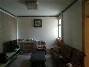 西苑小区,新装修,干净卫生,家具齐全,拎包即住