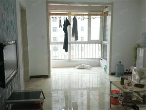 迎泰新城精装修一室出租