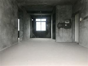 房东吐血价44万买堰桥边5跃6清水三居室带屋顶花园