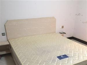 万达华城一室一厅、1300包物业宽带、看房有锁