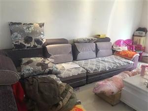 铅山河口人家精装修带家具家电低价出售,采光好