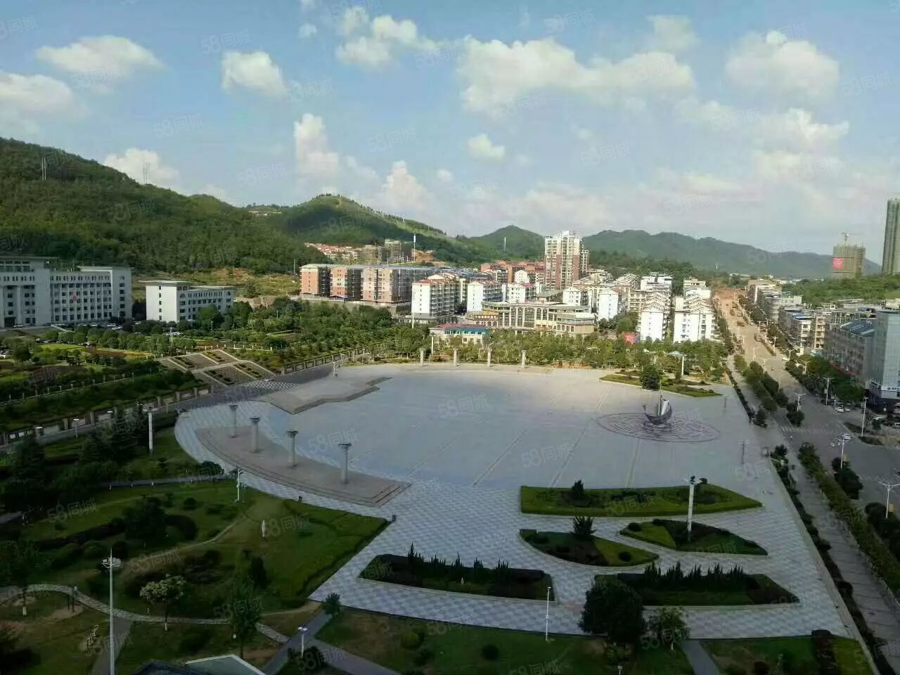 祁东新政府广场步步高3层4室有证可按揭售45.8万