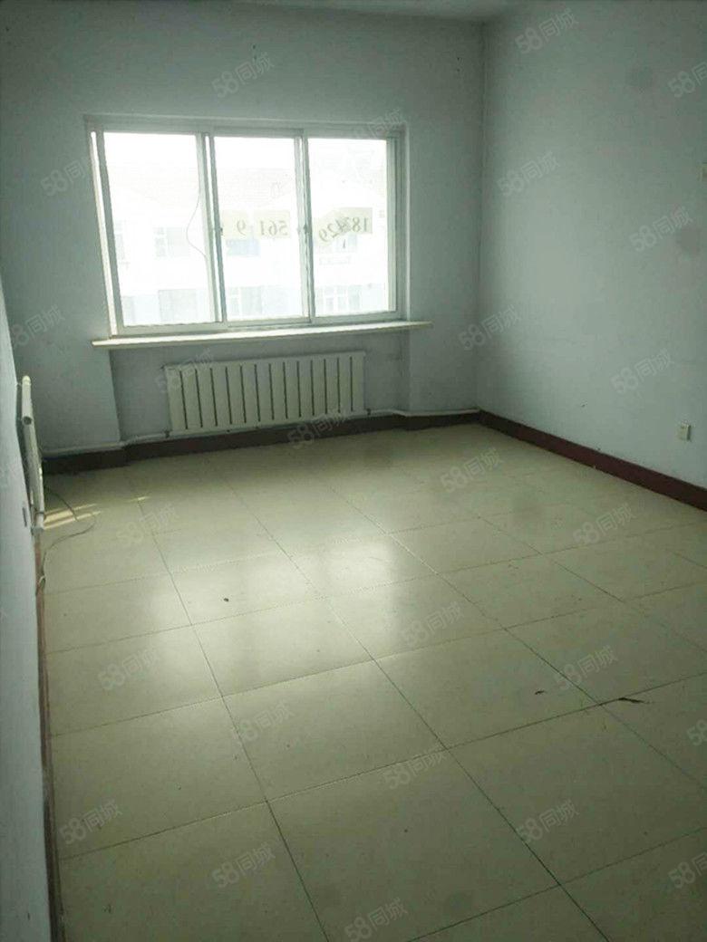 锦绣花园3室2厅一卫500元全租你