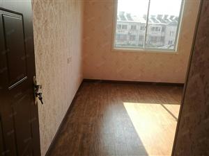 解放路四楼,二房二厅,全新装修