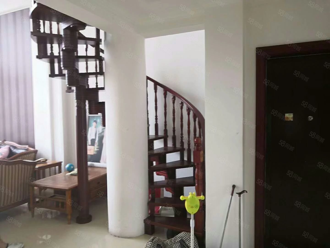 玉景美庐3.4楼复式四室三厅二位