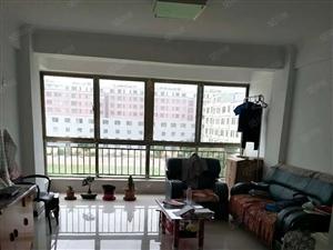 0677云翔小区北口简装修两室两厅一卫四楼