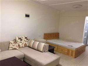 威尼斯水城精装一居家具家电齐全价格低性价比高拎包入住
