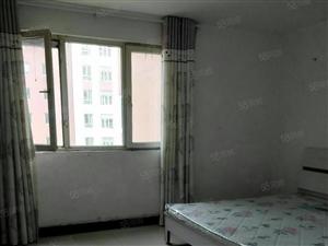 天地惠城简装三房低层145平才120万包改名