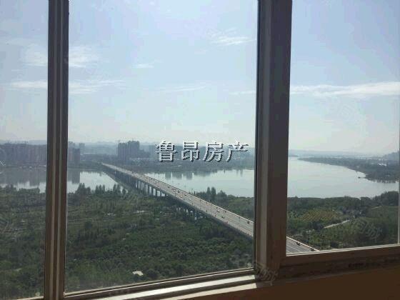 上江城三房出租,家具家电齐全,看房方便,诚心出租