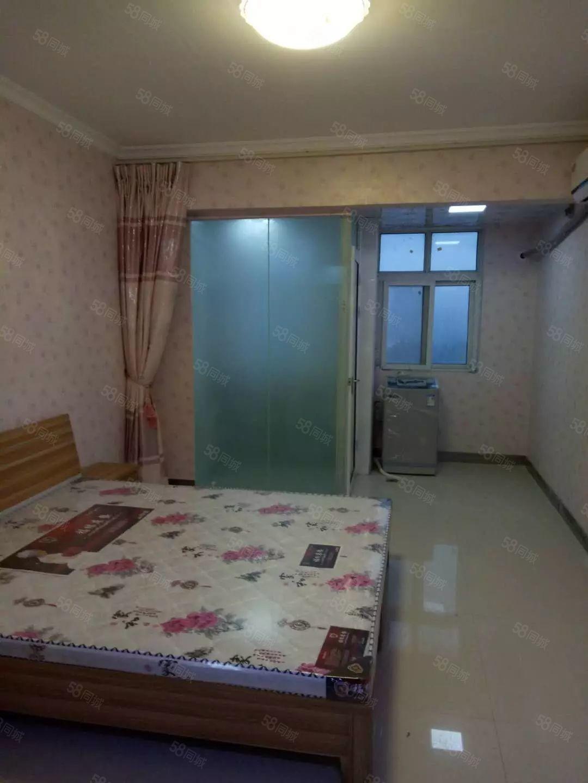 隆府新城1室1厅家电齐全有富士康班车生活购物方便