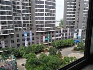 高档成熟小区,方便停车,环境优美,中间楼层,生活便利
