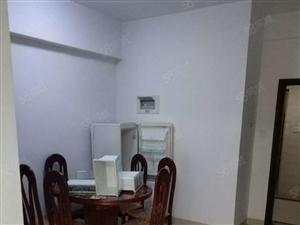 龙泉华庭2室2厅78平米精装修押一付三