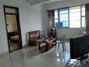 长泰县城车站附近电梯房两房出租