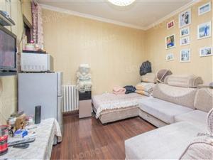 正弘数码公寓精装婚房双气户型方正采光好诚心出售