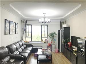 精装修三居室带所有一起出售房东换房诚心出售随时看房