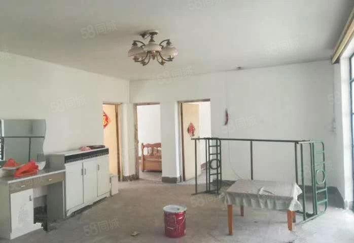 诸葛烟厂部长房、简装2楼、一梯两户、价格含管道改造费