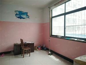16.8万赔钱急售天香公园二楼三室有证堂房楼头