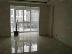 菊香园5楼141平3室2厅1卫简装带车库家具家电