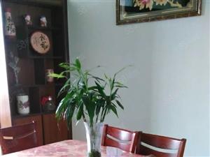 区委招待所,荣华里土产巷3室1厅空调太阳能电视洗衣机冰箱家具