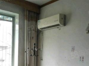 莲花池洪达小区三室两厅优质房全采光送全套家电出售
