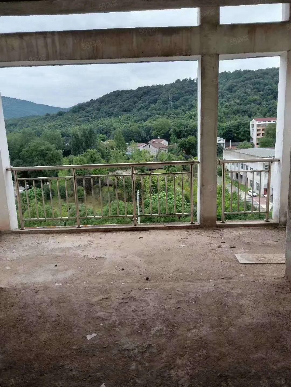 国源小区四房两厅150平仅售42万