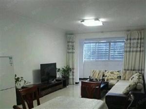 恒泰锦园三室两厅两卫118平米简装电梯房