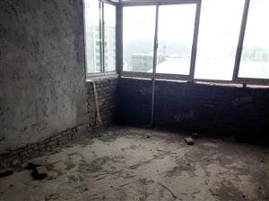 澳门网上投注游戏肖家坳小区3楼住房的2楼1500一平实房实价实图片
