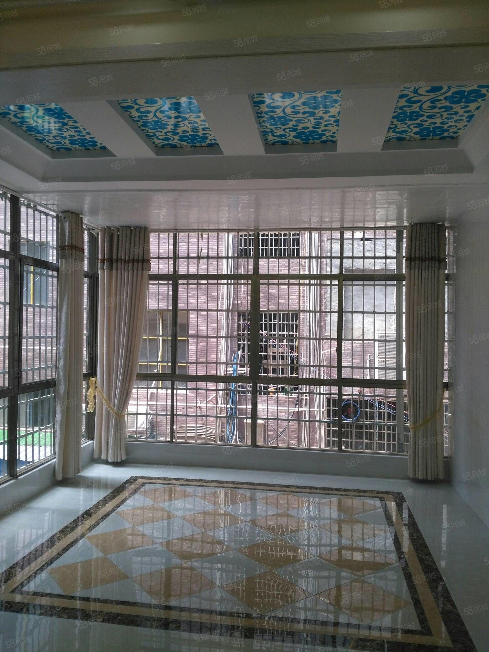 盛世宏城2楼,150平三室二厅,有证可按揭贷款,57.8万