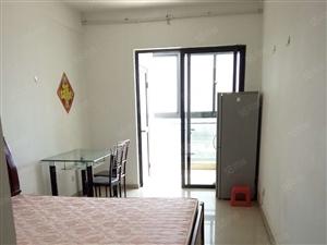 厦门海沧旁圣,地亚哥单身公寓,配套齐全。