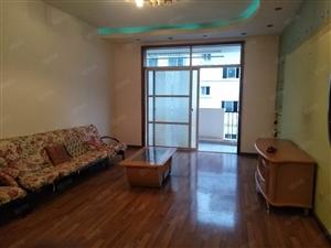 朝阳路,鸿运花园小区4楼有房出租,看房方便,欢迎实地看房~