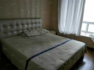 万达公寓精装修可半年付全套家具家电年付14000