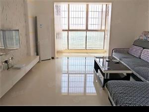 盛世豪庭2房全新装修屋里干干净净直接入住