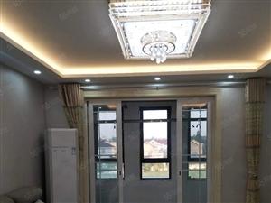 中扬康居苑3室2厅2卫135平方精装潢年租金2.6万