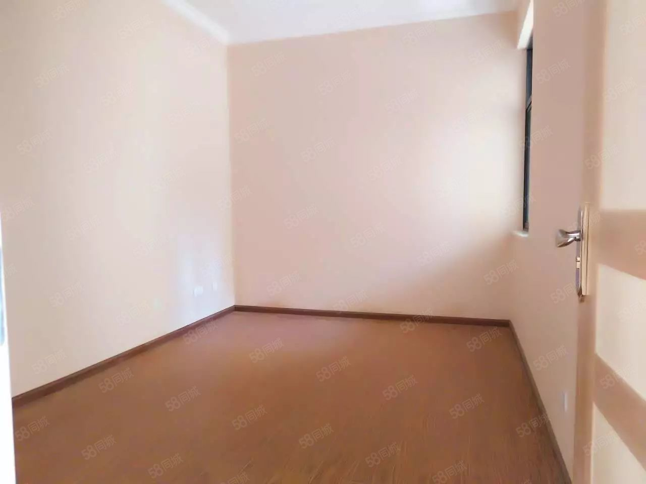 蒙自市政府紫金学苑116平户型方正3室2厅售楼部直/销