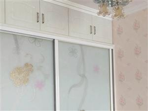 阳光馨苑精装房带家具,洗衣机、热水器