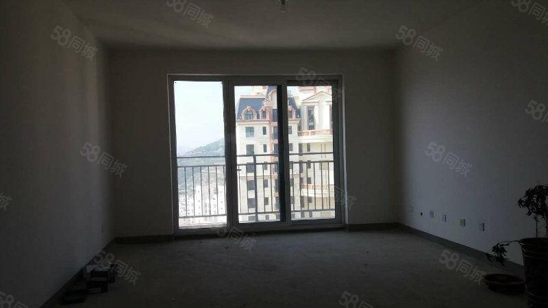 天庆佳苑体育公园旁中上层电梯毛坯四室两厅两卫景观阳台