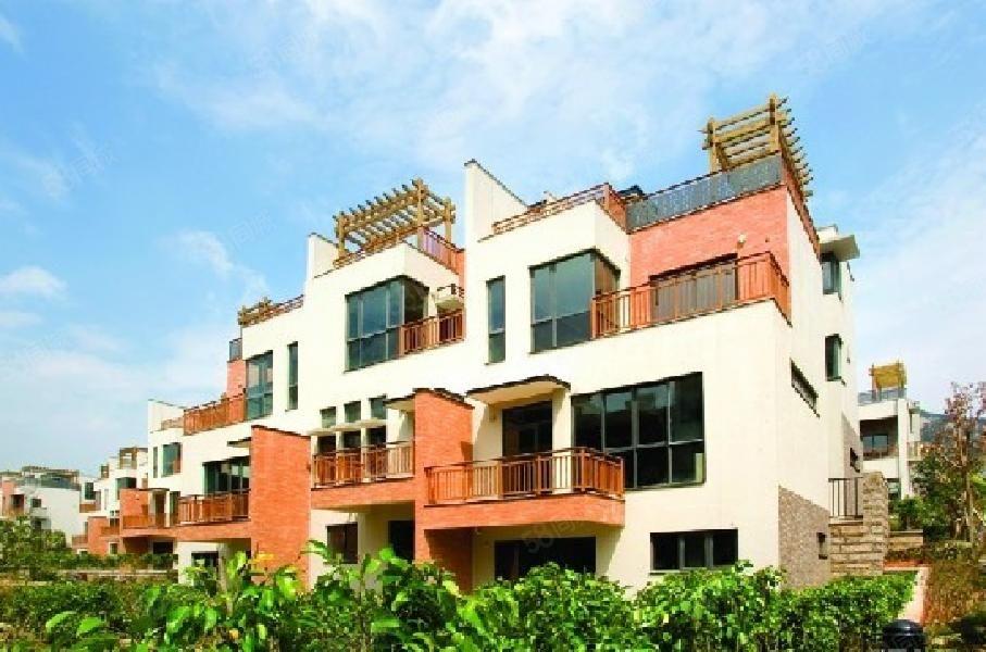 水岸君山,使用600平米别墅,总共5层产权面积,双车位