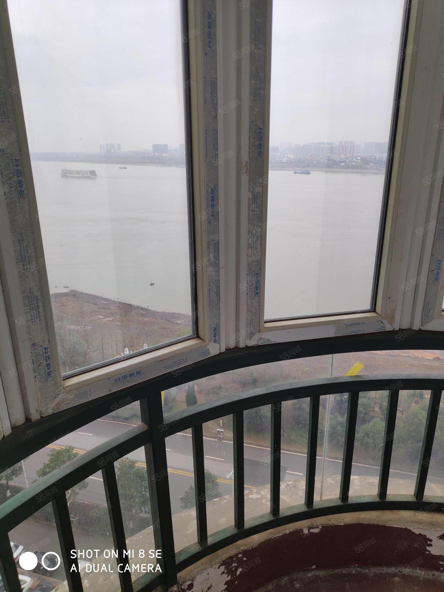 长江天下电梯简单装修二室二厅出租