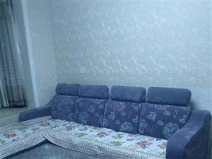 儒林商都。有暖气、干净舒适的一室,小区物业环境一级棒、